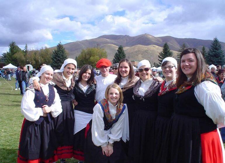 Баски - весёлый и жизнерадостный народ