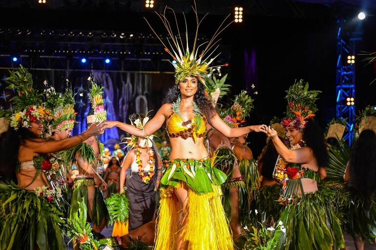 Для таитян женщина - это практически богиня