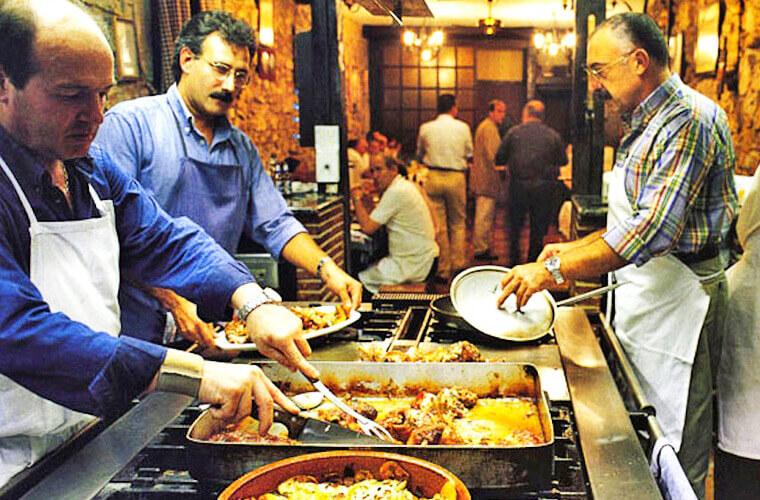 У басков существуют мужские кулинарные клубы