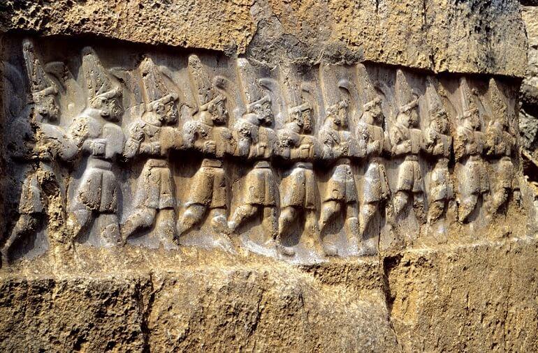 Древнее изображение хеттских воинов