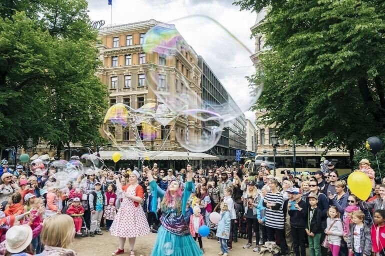 1 мая финны празднуют шумно и весело