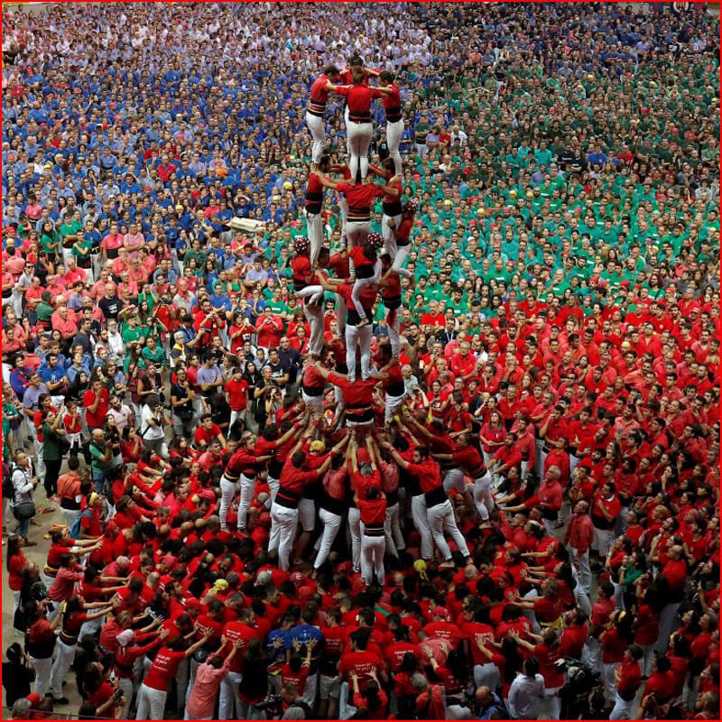 Каталонцы - мастера в создании башен из людей