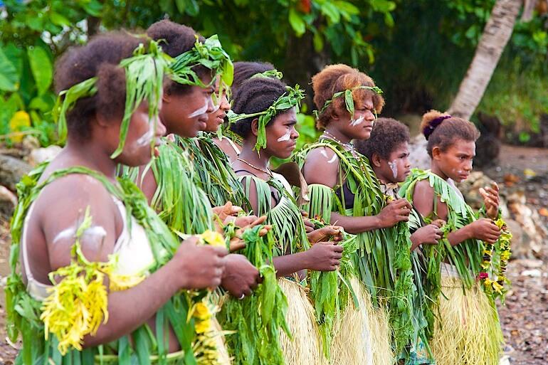 Многие растения у меланезийцев священные