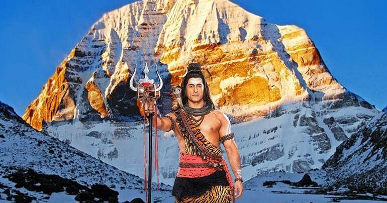 Согласно легендам, на Кайласе живёт индийский бог Шива