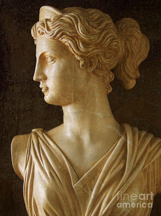 Артемиду можно назвать мстительной красавицей