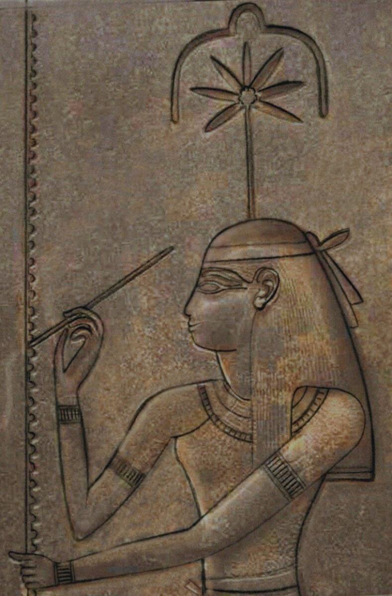 Имя Сешат переводится как женщина-писец