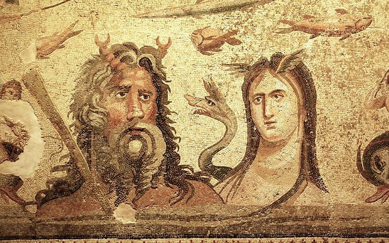Старинная мозаика с изображениями Океана и Тефиды