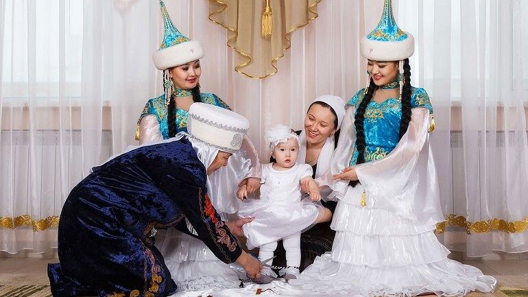 У казахов много традиций, связанных с детьми