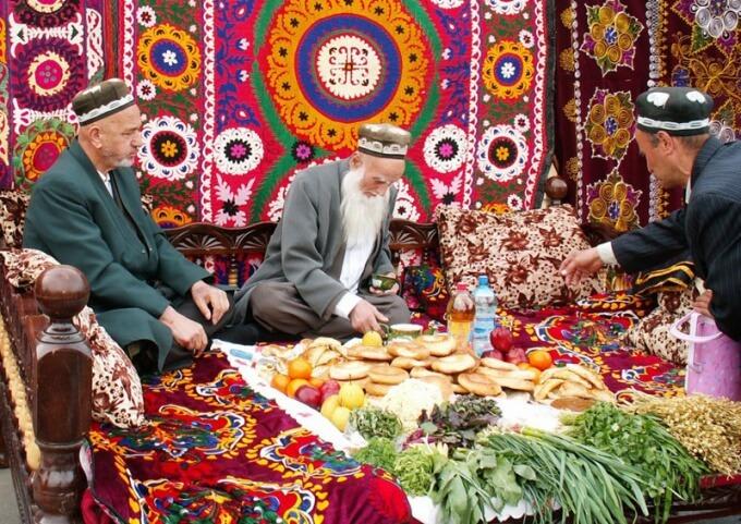Узбеки - гостеприимный и дружелюбный народ