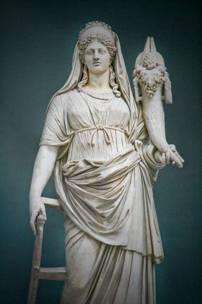 Воспитательницей Демофонта была сама богиня плодородия Деметра