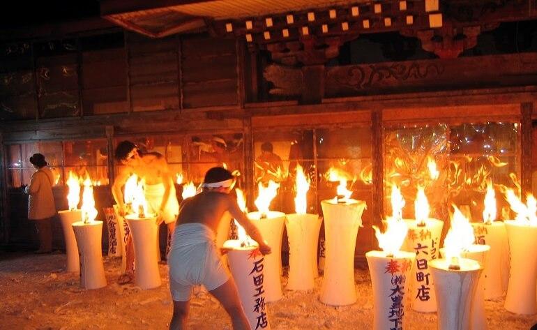 С Хадака Мацури связаны самые разные старинные ритуалы