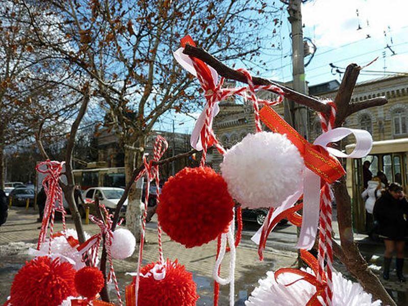 Для молдаван праздник Мэрцишор связан с приходом весны