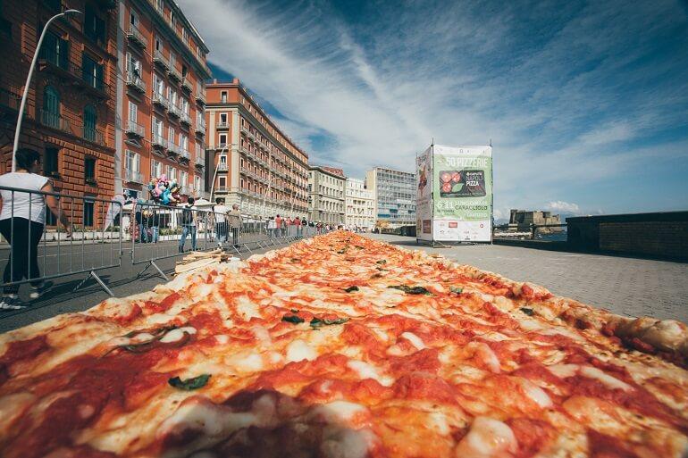 Фестиваль пиццы - главный праздник Неаполя