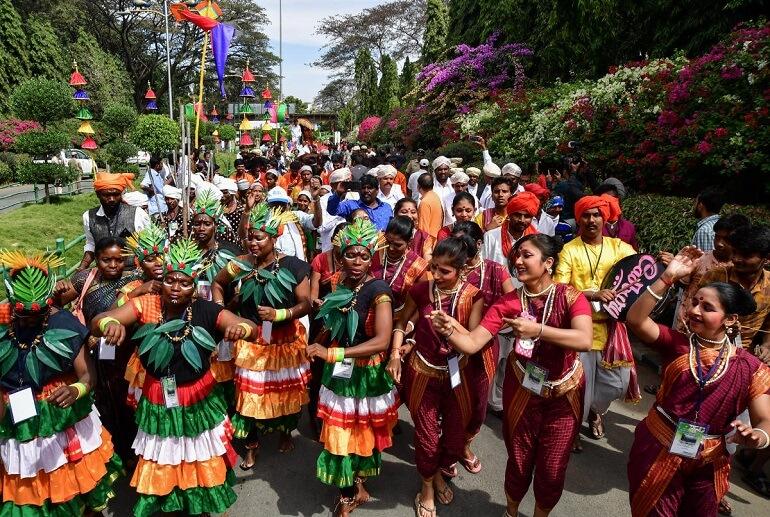 Празднование Макара Санкранти проходит ярко и весело