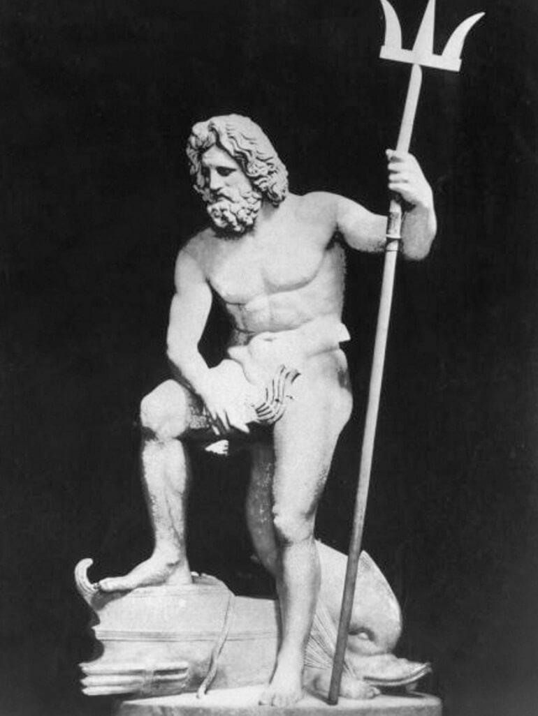 От воли Нептуна зависела жизнь мореплавателей
