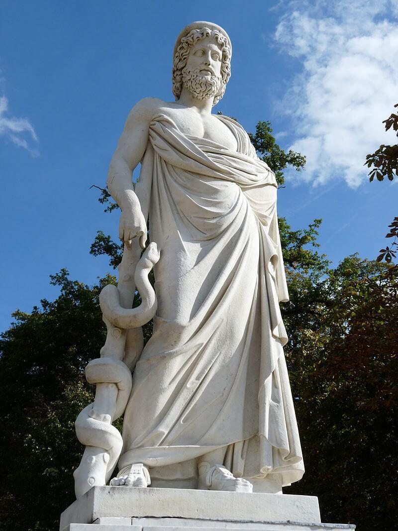 Асклепий был сыном самого Аполлона