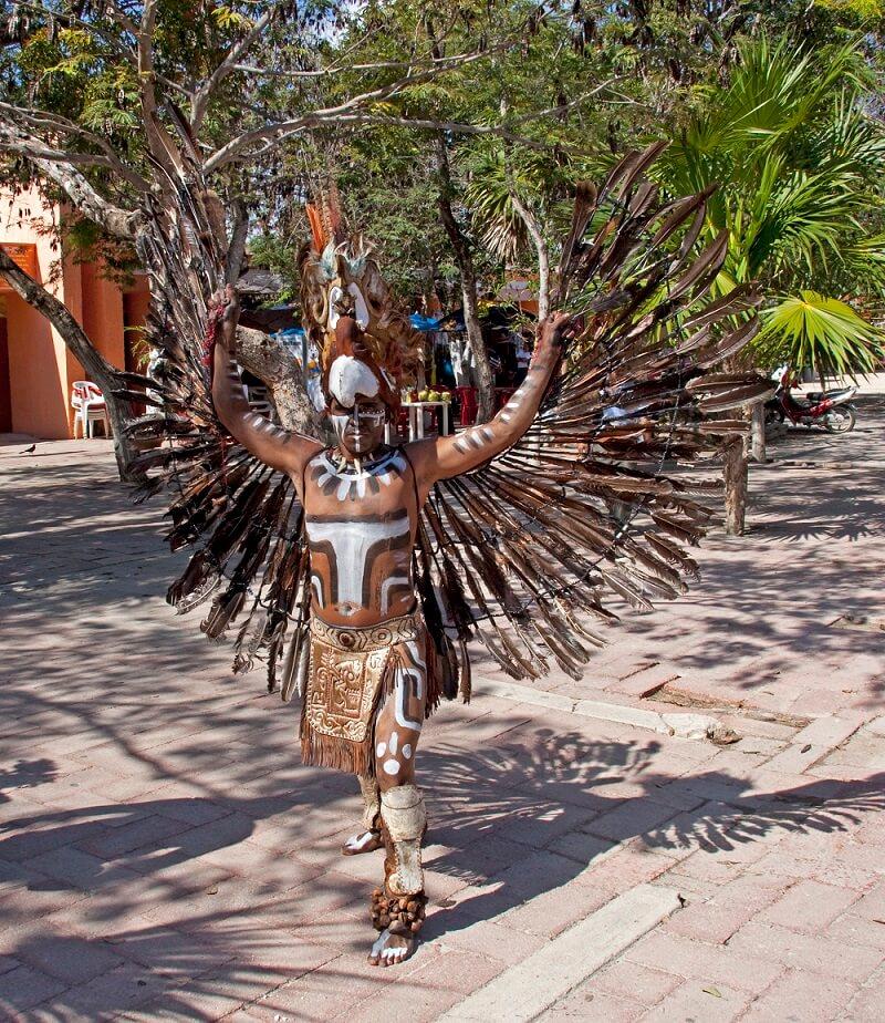 Человек-птица майя