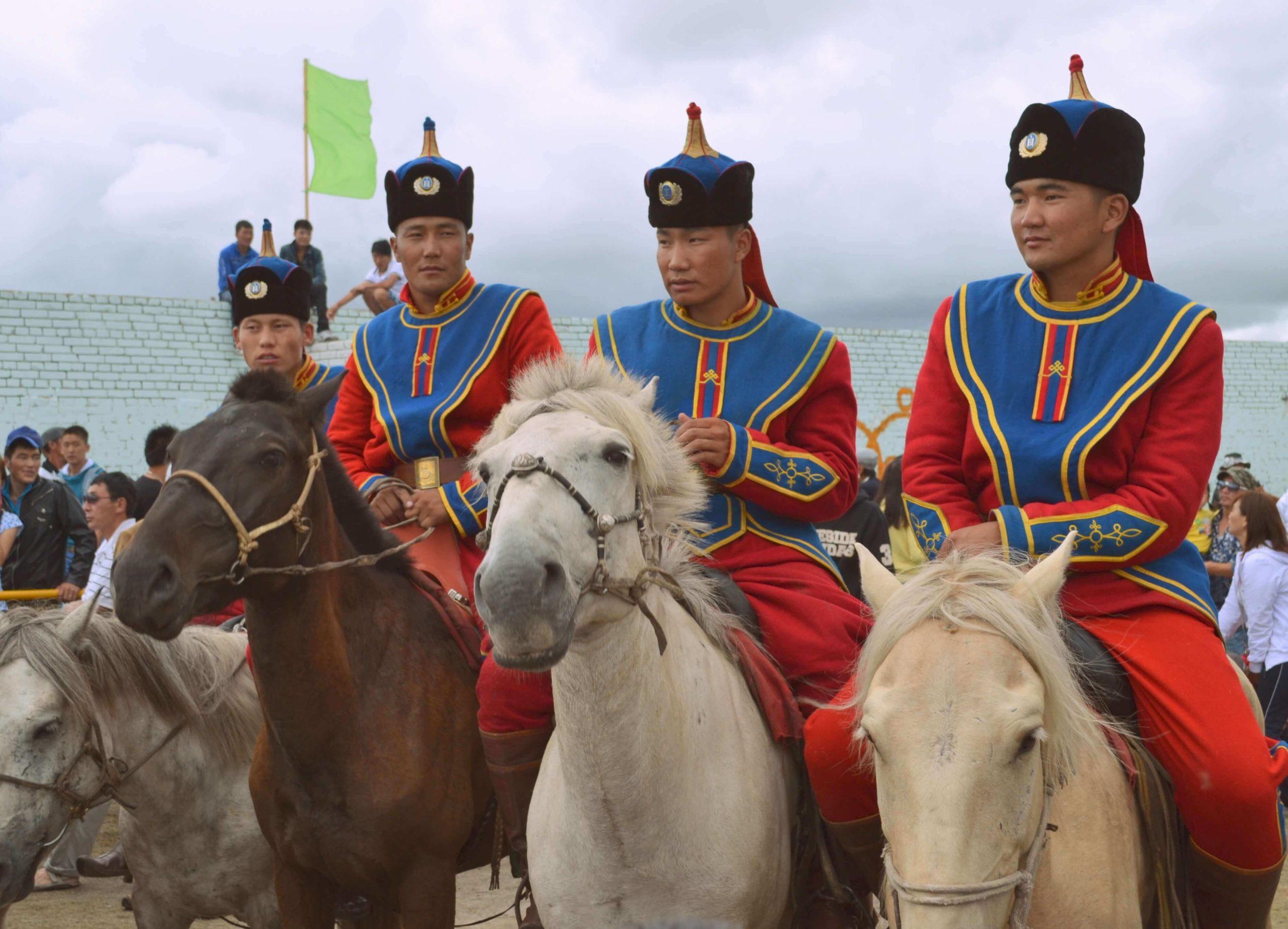 Монгольские военные . Крае, Туве, Монголии
