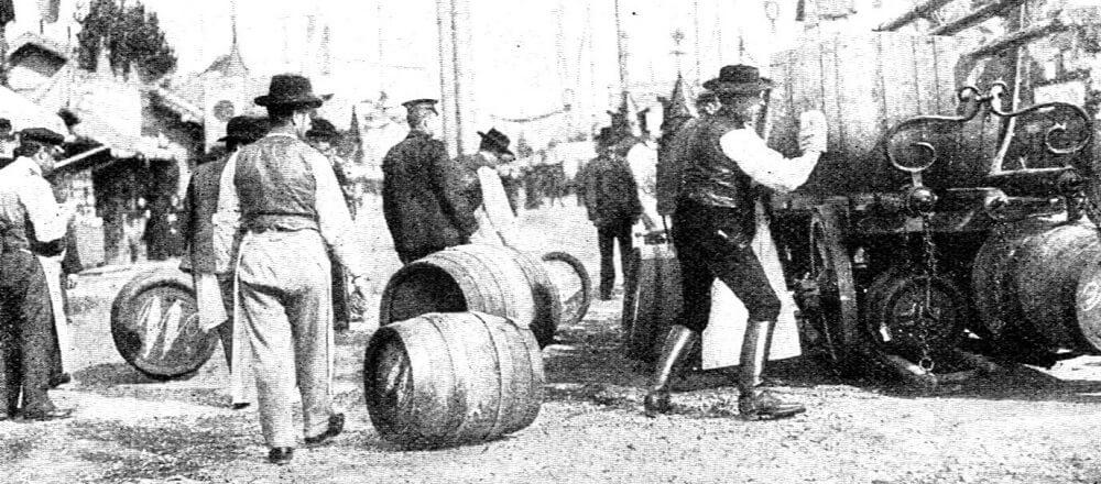 Доставка пива на Октоберфест в 1908 году
