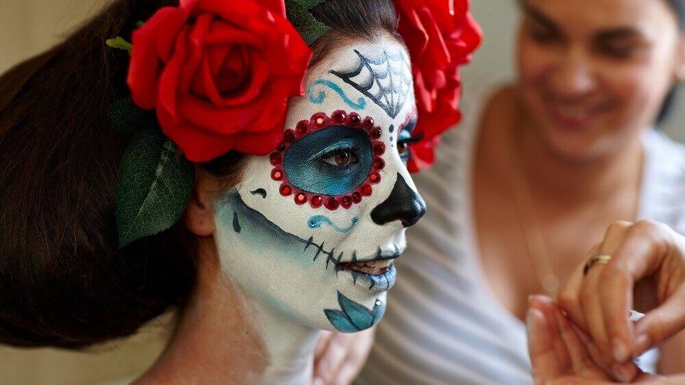 мексиканская маска Санта-Муэрте