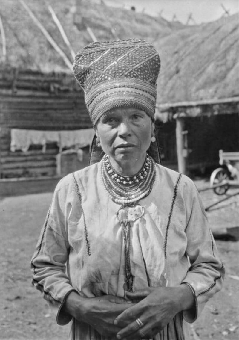 Эрзянская женщина в «сороке»