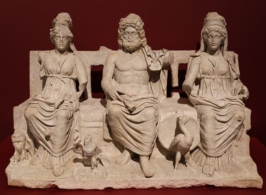 Капитолийская триада — Минерва, Юпитер и Юнона, 160–180 гг. Археологический музей, Гвидония-Монтечельо