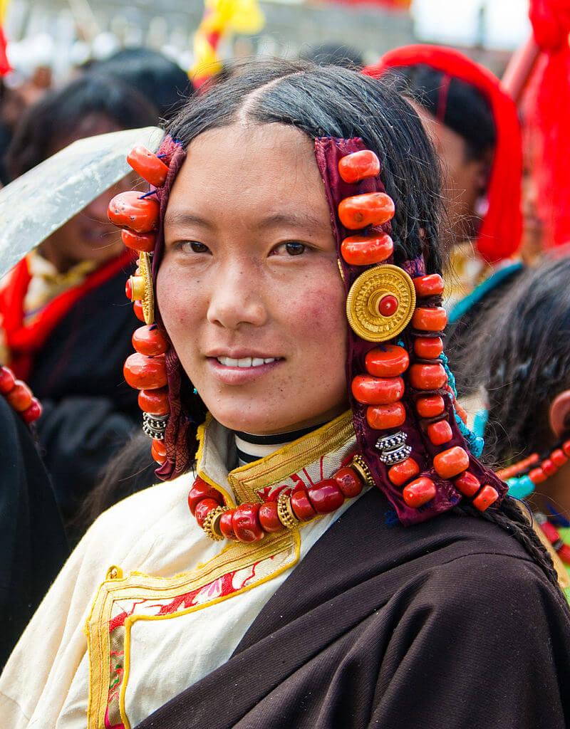 Женщина из Кхампа
