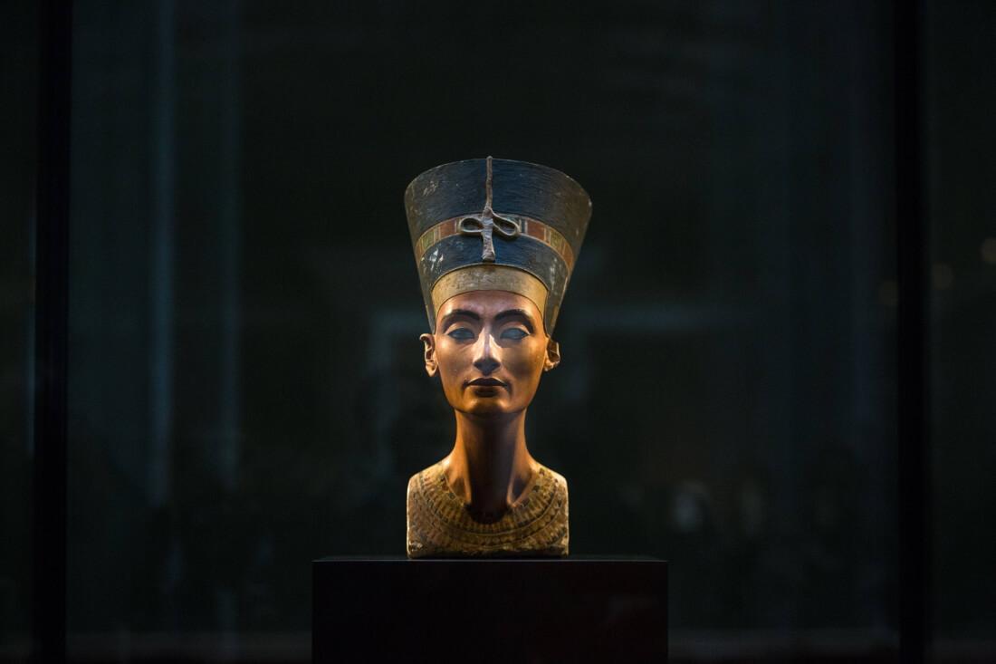 Бюст Нефертити в Берлине
