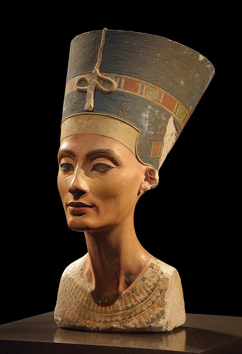 Бюст Нефертити, 1352-1332 гг. до н. э.