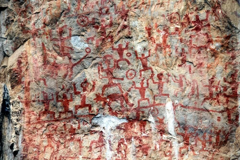 Наскальная живопись предков вьетнамцев