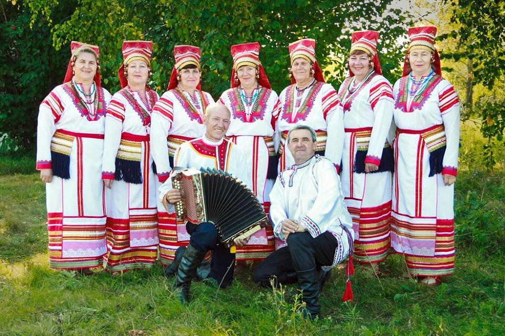 Мокша в традиционных костюмах
