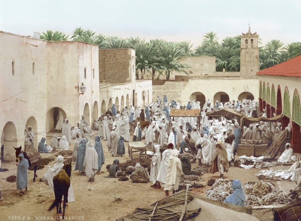 Так выглядел рынок в Алжире в 1899 году