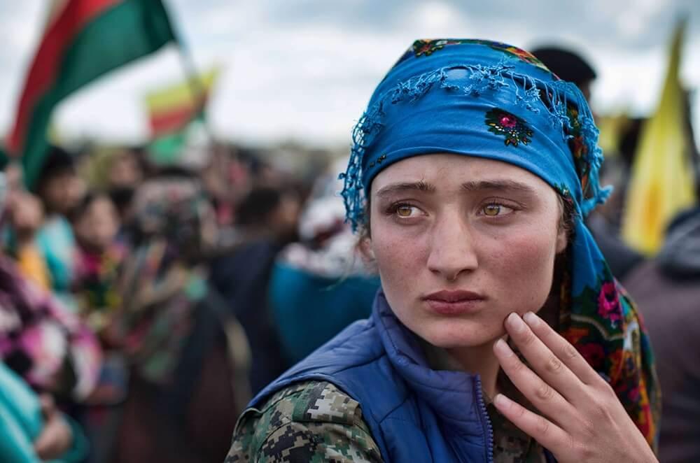 Девушка из курдов