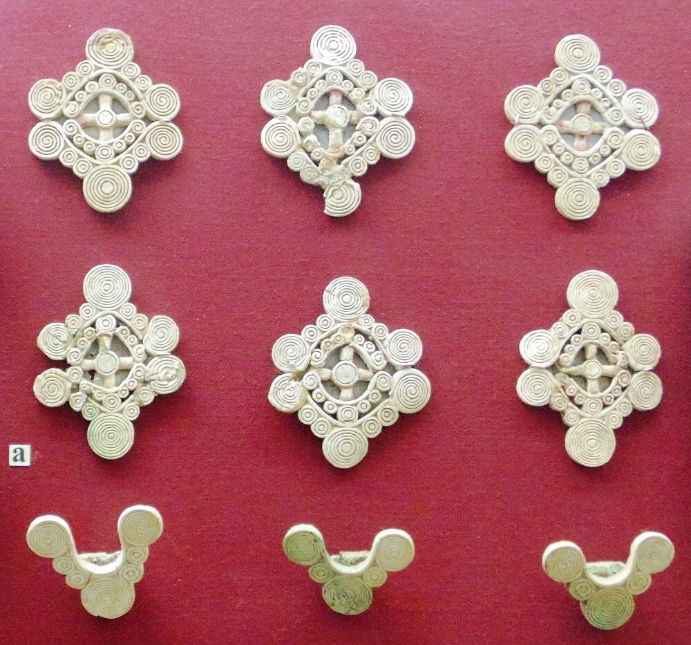 Киммерийские изделия из кости