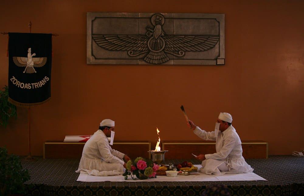 Традиции персов зороастризм i.jauns.lv