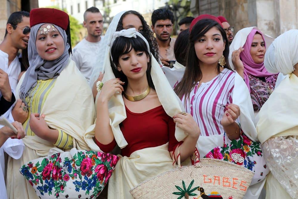 Тунисские женщины 13 августа день женщин в Тунисе