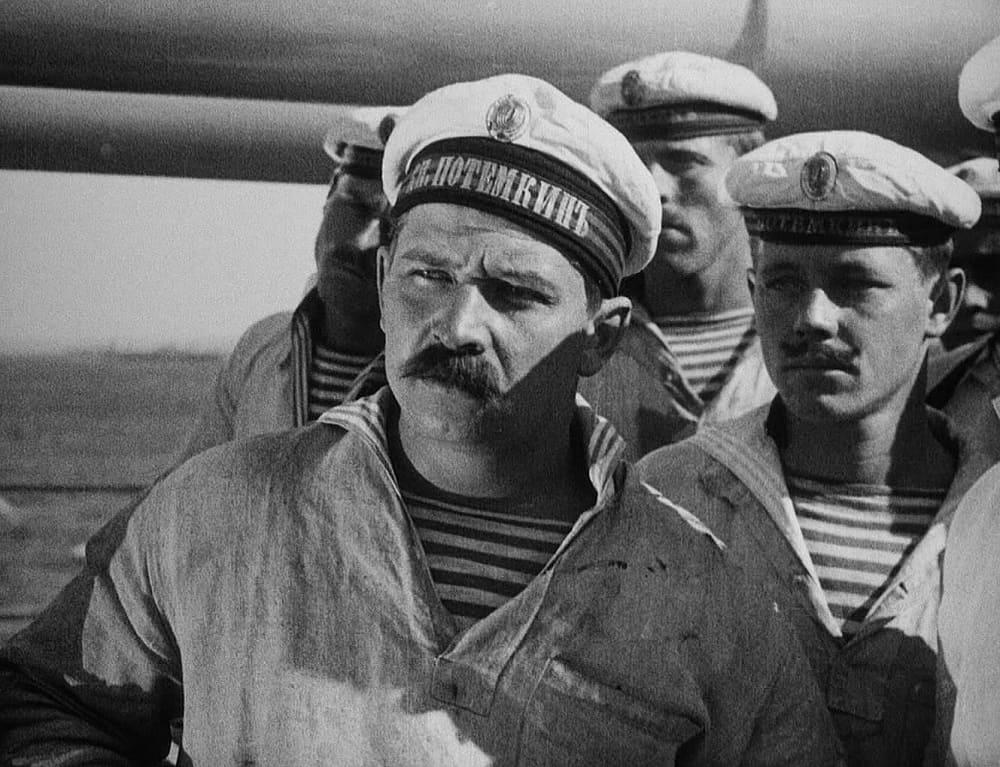 Кадр из фильма 1925 года «Броненосец Потёмкин»