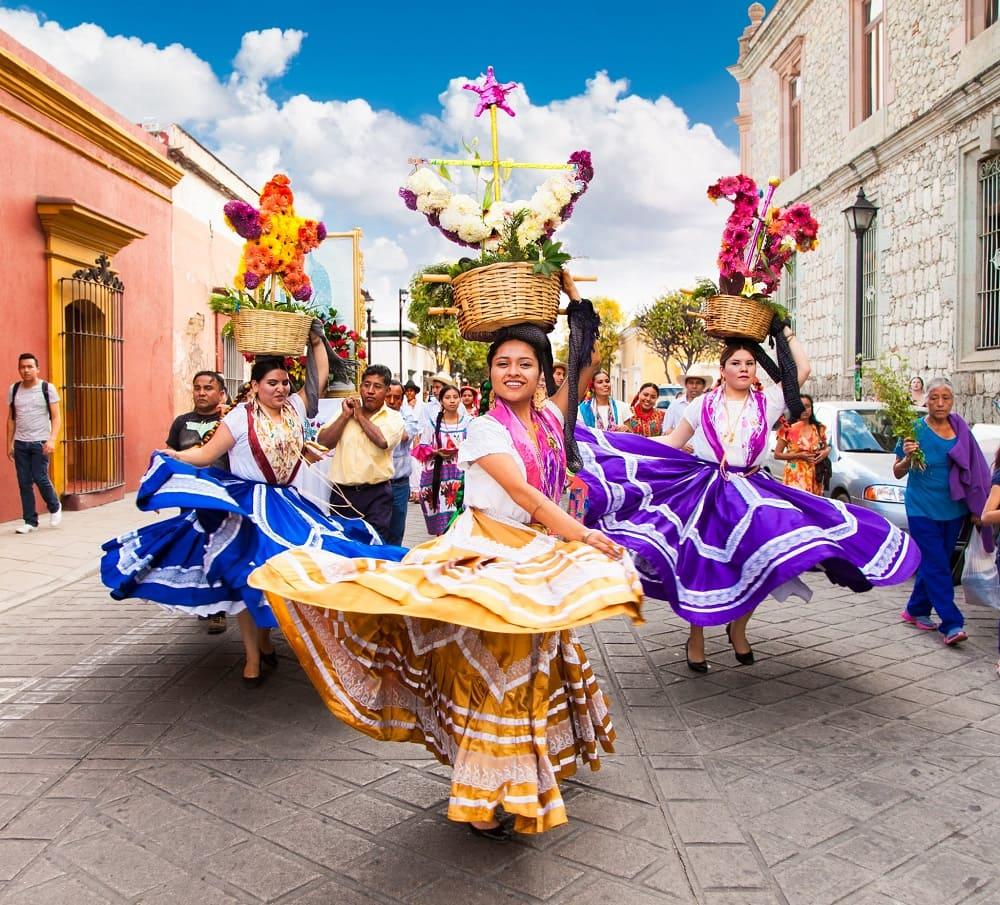Фестиваль проходит на улицах города