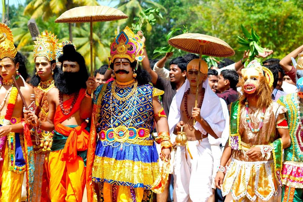 Правитель Махабали на фестивале главный персонаж / dissdash.com