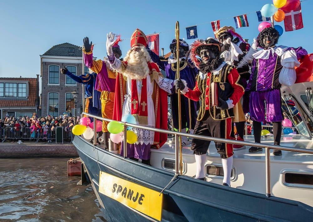 Прибытие Синтерклааса из Испании / rtlnieuws.nl