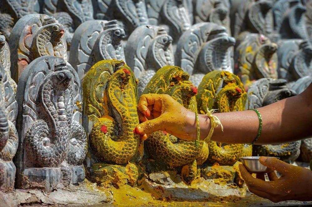 В день фестиваля обязательно нужно зайти в храм