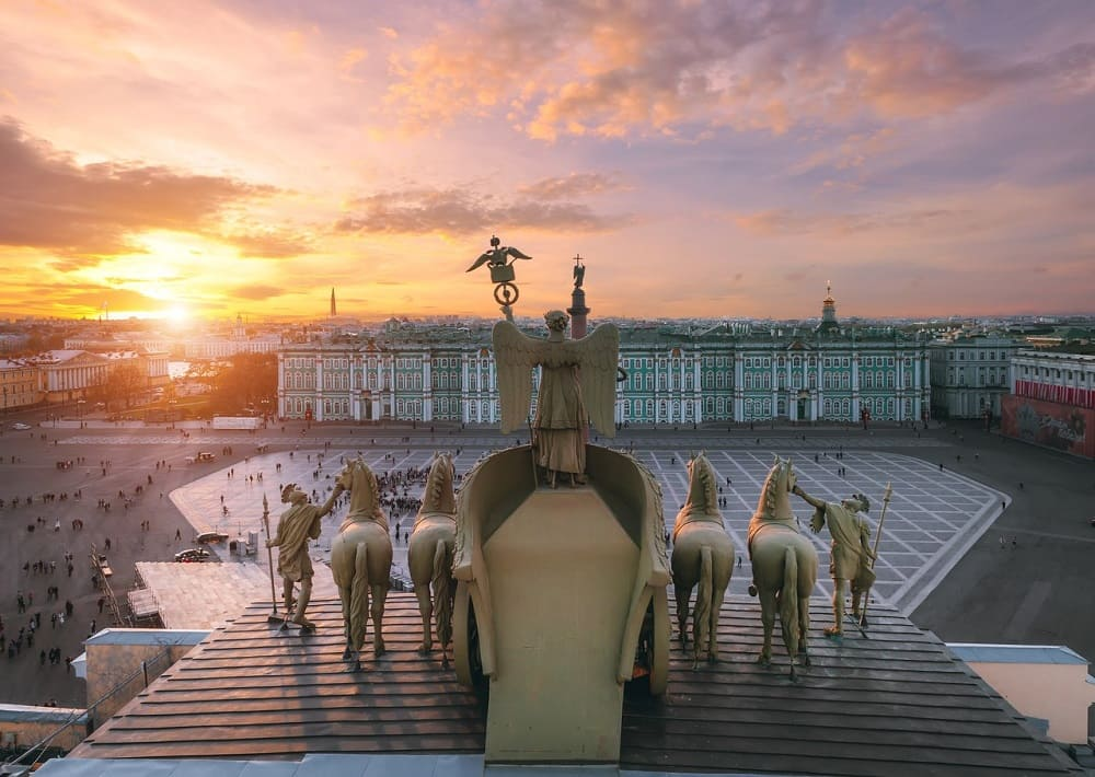 Виктория на Бранденбургских воротах, Дворцовая площадь, Санкт-Петербург