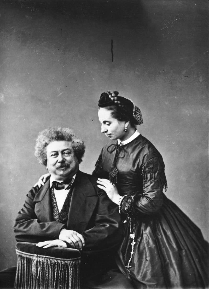 Александр Дюма с дочерью Мари Александрин / © Феликс Надар ок.1865 года