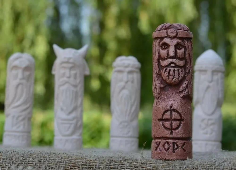 Идол бога Хорса