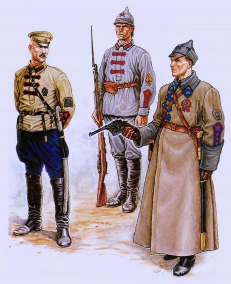 Буденовки отличались цветом звезды для разных видов войск