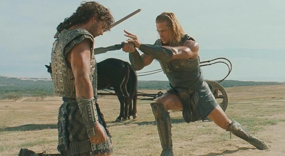 Ахилл убивает Гектора Кадр из фильма «Троя», 2004 год