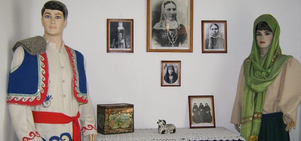 Экспонаты Музея истории и этнографии греков Приазовья в Сартане / mistomariupol.com.ua