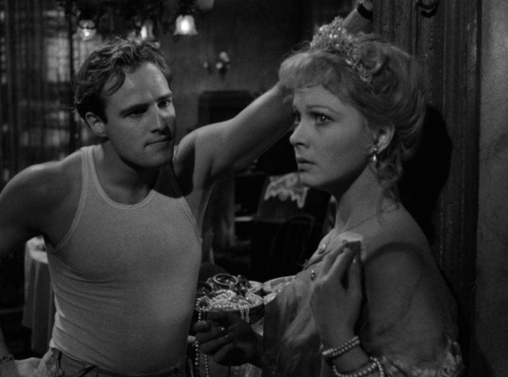 Фильм «Трамвай Желание» 1951 года принёс Брандо мировую славу