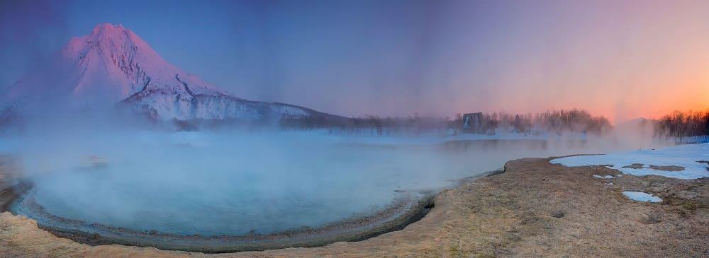 Легендарная горячая река возле вулкана Ходутка / © Денис Будьков / liveinternet.ru