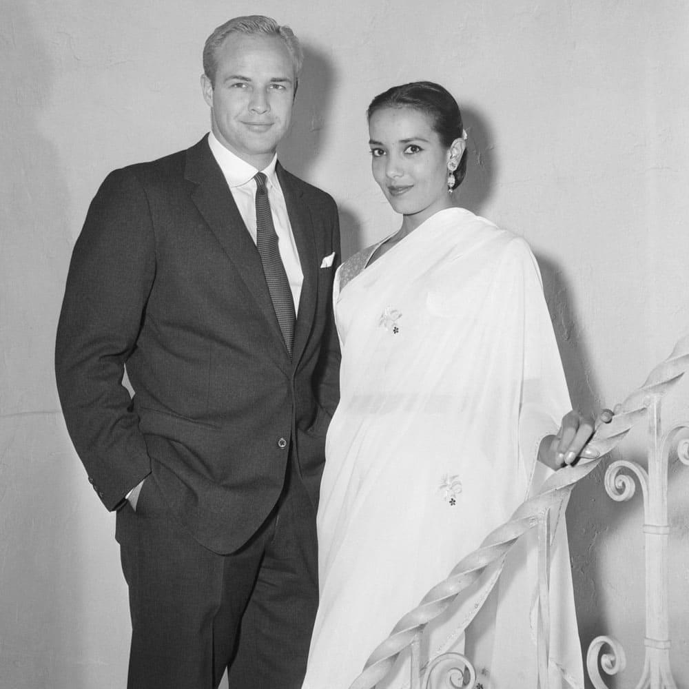 Марлон Брандо и его первая жена Анна Кашфи, 1957 год